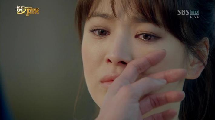 조인성-송혜교_008