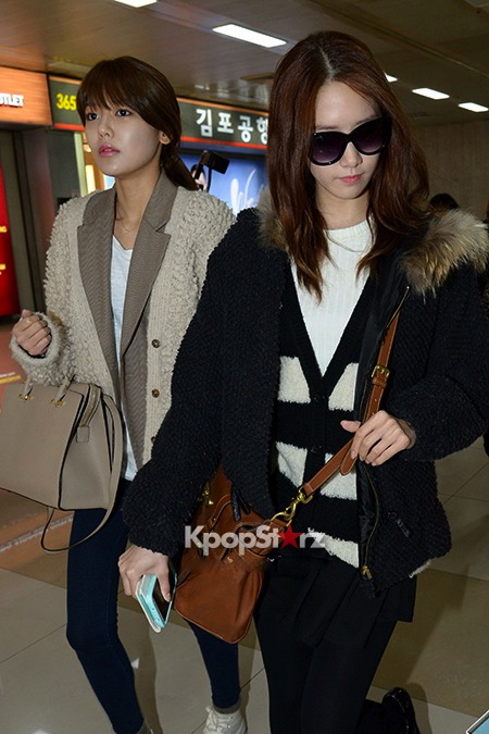 56483-girls-generation-airport-fashion-march-6-2013