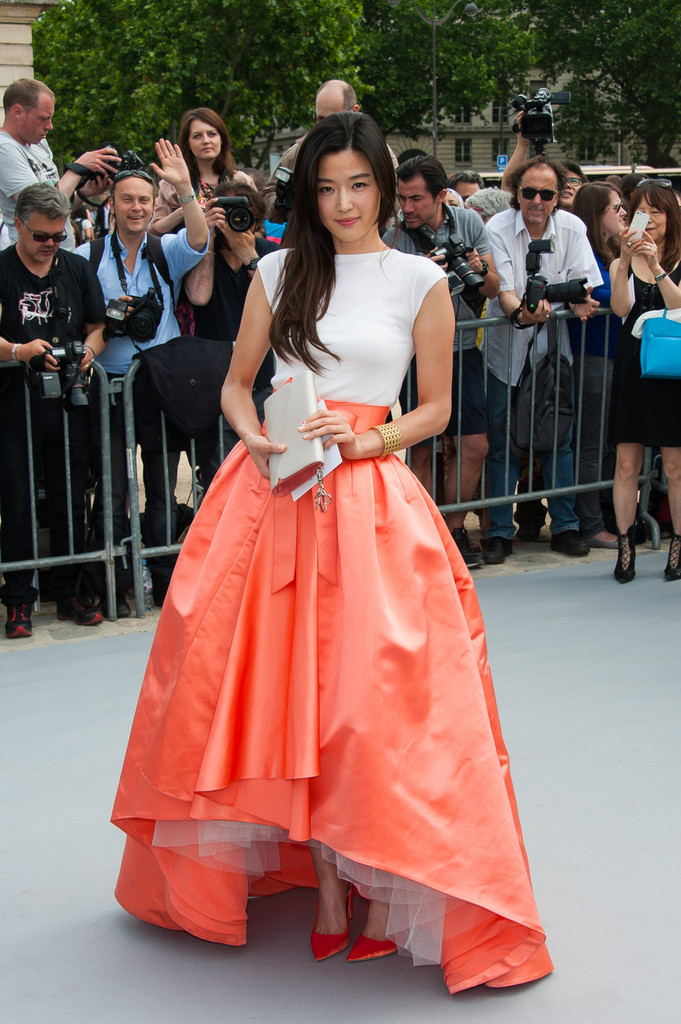 Jennifer+Lawrence+arrives+Dior+Haute+Couture+0hdcQdGBBLMx